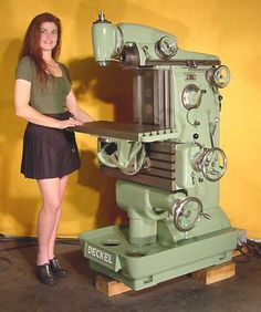 Milling Machine - Deckel - With Chick!