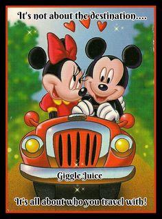 Image about disney in 💗💕 Mickey & Minnie 💗💕 by Cristela Mickey Minnie Mouse, Mickey Mouse Kunst, Mickey Mouse Cartoon, Mickey Mouse And Friends, Mickey Mouse Pictures, Disney Pictures, Mickey Mouse Wallpaper, Disney Wallpaper, Retro Disney