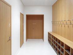 Ecole de la Servanne à Bex (CH) Ferrari, Divider, Garage Doors, Outdoor Decor, Room, Furniture, Home Decor, Urban Planning, Architects