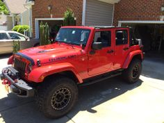 A most excellent red Jeep. Jeep Wrangler Lifted, Wrangler Jk, Station Wagon, Lifted Trucks, Pickup Trucks, Red Jeep, Jeep Stuff, Jeep Life, Jeeps