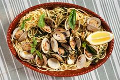 Clam pasta with basil and hot pepper. Photo: Karsten Moran for The New York Times