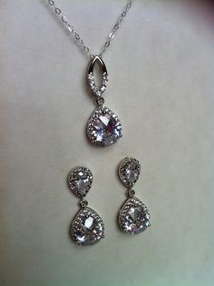 Set of Cubic Zirconia Tear Drops Dangle Earrings and Matching Necklace, Bridal Jewelry Set, Gifts, Christmas Gift