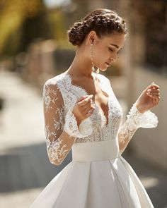 Among the collections' Haute Couture designs, the long sleeve wedding dresses with flared cuffs are a strong option for… Evening Dresses For Weddings, Lace Weddings, Dream Wedding Dresses, Wedding Gowns, Stunning Wedding Dresses, Elegant Dresses, Civil Wedding Dresses, Spring Weddings, Modest Wedding