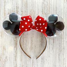 Classic Mouse Balloon Ears - Blue and Rose Gold Mouse Balloon Ears – HappilyEarverAfter Estás en el lugar correcto para diy Aq - Diy Disney Ears, Disney Minnie Mouse Ears, Disney Diy, Disney Crafts, Cute Disney, Disneyland Ears, Disney Headbands, Mickey Balloons, Lotus Flower Design