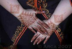 #Morocco #Henna #Mehndi #India Henna Tree, Henna Mehndi, Geometric Henna, Moroccan Henna, Morocco, Bodies, Body Art, Connection, India
