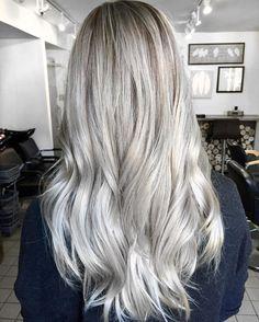 "Ashley G. on Instagram: ""Plata . . #hairmakeupdiary#hairvideo#americansalon#behindthechair#BTC#allmodernhair#americansalon#hairtutorial#1000orbust#colorcrush#hairstyles#teamlovella#styleartists#aboutdahair#hothairvids#hairtrending#imallaboutthehair#stylevideo#howtodohair#hair_videos#styleartists#hudabeauty#Vegas_nay#inspiredhairstyles#tutorialesvideos#hairtrending#1minutehair#brazilianbondbuiler#oligopro#fanola#b3"""