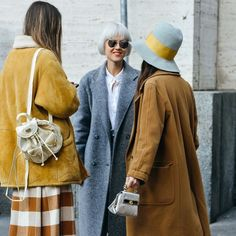 Fashion week has just concluded and you know what this means – more ideas for fall outfits! Look your best with these fashion week styles to wear this autumn. Cool Street Fashion, Look Fashion, Winter Fashion, Womens Fashion, Net Fashion, Couture Fashion, Trendy Fashion, Seoul Fashion, Workwear Fashion