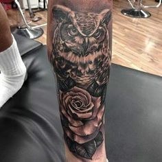 Artist Fred Flores