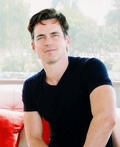Can I be your personal assistant for the rest of my life, beautiful man? Say yes, please!