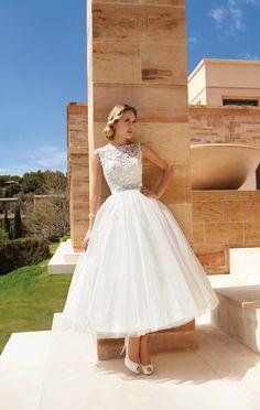 #demetrios2014 #bride #sposa #abitidaposa #nozze #collezioni2014 #demetriosbride #majorcashowroom www.majorcashowroom.it