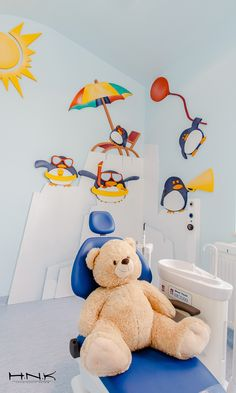 Dental clinic for children with a gorgeous design Dent Estet 4 Kids - Hamid Nicola Katrib - www.homeworlddesign. com (11)