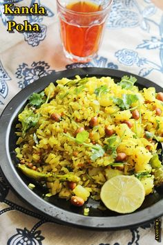 Maharashtrian Kanda poha recipe - Quick fix recipe, lite and healthy - ofcourse its vegan.