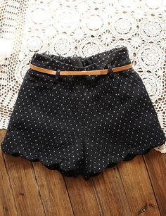 Black Elastic Waist Polka Dot Zigzag Shorts - Sheinside.com