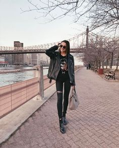 Mary Leest  #inspiration #fashion #girl #beauty #street #clothes #maryleest