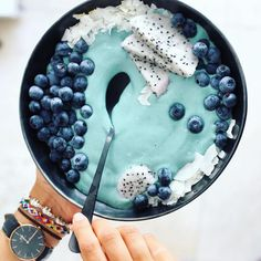 Blue Power Smoothie Bowl #mermaidsmoothiebowl