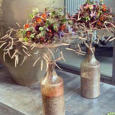 """Gregor Lersch on Instagram: """"Floating on Vases ....colorful little @autumflowers #structures#@gregorlersch@gregorlerschseminar @thomas tergowitsch#flowerdesigner…"""""""