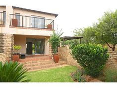 2 bedroom townhouse in Northgate, Northgate, Property in Northgate - Townhouse, Mansions, Bedroom, House Styles, Home Decor, Decoration Home, Terraced House, Manor Houses, Room Decor
