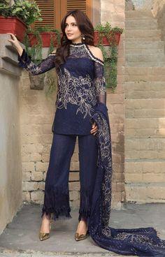 Armeena Rana Khan Pakistani Fashion 2017, Indian Bridal Fashion, Pakistan Fashion, Pakistani Outfits, Indian Outfits, Pakistani Couture, Salwar Designs, Kurti Designs Party Wear, Simple Dresses