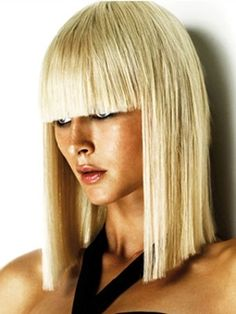 Blond Cleopatra