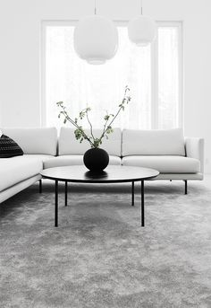 45 Lovely Monochrome Home Interior Design Ideas To Try Today My Living Room, Living Room Interior, Living Room Decor, Minimalist Home Interior, Home Interior Design, Living Room Inspiration, Home Decor Inspiration, Monochrome Interior, Modern Style Homes