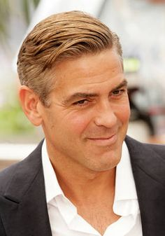 George Clooney is looking stylish with a short and well-groomed cut!