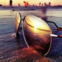 Beautiful sunset via those #aviator sunglasses