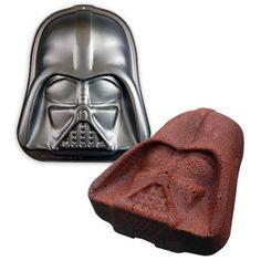 Make Dark Vador shaped cakes :)