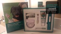 Emmi-pet Ultrasound Toothbrush Giveaway http://www.dogmomdays.com/product-review-emmi-pet-ultrasound-toothbrush/
