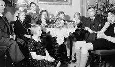 [Julen 1934/35] fra marcus.uib.no 3d Printing, Scooters, Concert, Electric, Jewelry, Jewlery, Bijoux, Recital, Schmuck