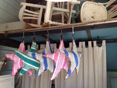 Estrellas handmade de saco y telas de colchon antiguas. Muy vintage!!! En Malana's Workshop Mercantic Sant Cugat Barcelona