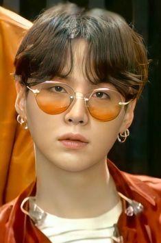 Bts Suga, Min Yoongi Bts, Bts Bangtan Boy, Foto Bts, Bts Photo, K Pop, Mixtape, K Drama, Min Yoonji