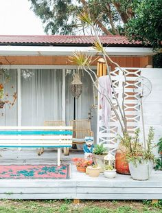 Do you have a great outdoor space or project you think will inspire your fellow Apartment Therapy readers? Show us! We'd love to see where you hang out when the weather is nice: backyards, porches, patios, decks, and stoops are all welcome. Apartment Therapy, Surf Shack, Beach Shack, Outdoor Spaces, Outdoor Living, Outdoor Decor, Indoor Outdoor, Casas Containers, Deco Boheme