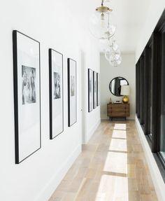 Studio McGee Gives a Utah Mountain Home a Modern Edge - Couloir Hallway Art, Modern Hallway, Hallway Walls, Hallway Lighting, Hallway Ideas, Entryway Ideas, Upstairs Hallway, Hallway Mirror, Entrance Lighting