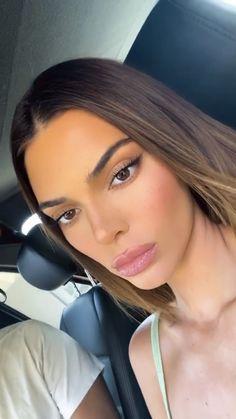 Kendall Jenner Icons, Le Style Du Jenner, Film Aesthetic, Kardashian Jenner, Everyday Makeup, Celebs, Celebrities, Natural Makeup, Simple Makeup