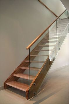 Modern design does not exist without glass. Glass railing is the best option for Basement Stairs design exist Glass modern Option railing Glass Handrail, Glass Railing System, Staircase Handrail, Glass Balustrade, Wooden Staircases, Glass Stair Railing, Glass Bannister, Open Staircase, Glass Stairs Design