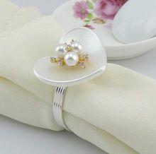 10 шт. ABS форме сердца кристалл и жемчуг цветка салфетка кольцо салфетка пряжка держатель для свадебного банкета ужин украшения(China (Mainland))