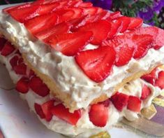 Burlap Crafts, Waffles, Raspberry, Cheesecake, Food And Drink, Fruit, Breakfast, Ethnic Recipes, Nifty