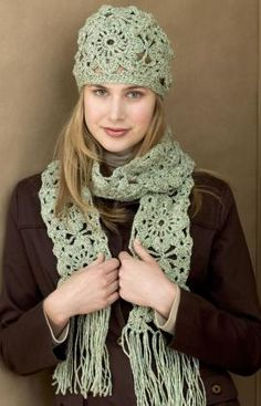 How to Crochet a Hat and Scarf – Free Pattern