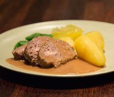 Salt & Peppar - Tydliga provlagade recept och läckra foton Lchf, Crockpot, Slow Cooker, Steak, Recipies, Food And Drink, Pork, Desserts, Humor