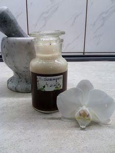 Aga Radzi: Szampon ziołowy - DIY - zrób to sam. Natural Beauty, Aga, Beauty Hacks, Perfume, Herbs, Nature, Gifts, Diy Things, Witchcraft