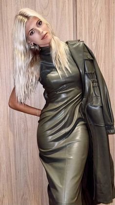 Sexy Outfits, Sexy Dresses, Cool Outfits, Fashion Outfits, Long Leather Coat, Black Leather Dresses, Leder Outfits, Elegantes Outfit, Latex Fashion