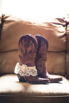 LOVE THIS! Garter over the boot shot