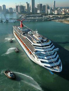 Carnival Cruises. Kreuzfahrt in Florida #sixt #sixtmiami #cruise  http://sixt.info/Miami_pinterest_14