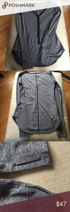 Lululemen LS Shirt EUC extremely soft, can be used working out or going out it's that 💫AMAZING 💫 lululemon athletica Tops Tees - Long Sleeve