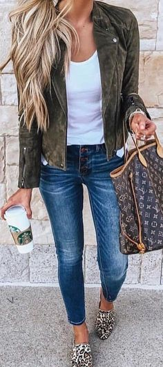 15 Casual Autumn Fall Outfits You'll Want To Copy This Year Fashion Mode, Look Fashion, Teen Fashion, Womens Fashion, Fashion 2016, Fall Fashion Women, Ladies Fashion, Fashion Rings, Mode Outfits