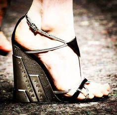 *** Prada Sandals: 39.5 Silver Chrome, SPECIAL ORDER ***