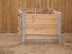 DIY: Pallet Compost Bin
