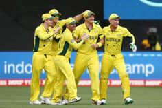 Shane Watson took a stunning catch to give Australia their first wicket