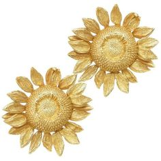Preowned Asprey Yellow Gold Sun Flower Earrings Worn By Joan Collins ($3,995) ❤ liked on Polyvore featuring jewelry, earrings, yellow, 18k earrings, gold clip on earrings, 18 karat gold earrings, clip-on earrings and gold earrings