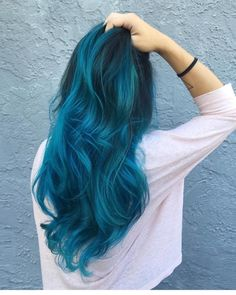 how mermaid hair color became a hit Hair Dye Colors, Hair Color Blue, Cool Hair Color, Green Hair, Bright Blue Hair, Colorful Hair, Pulp Riot Hair Color, Coiffure Hair, Blue Wig